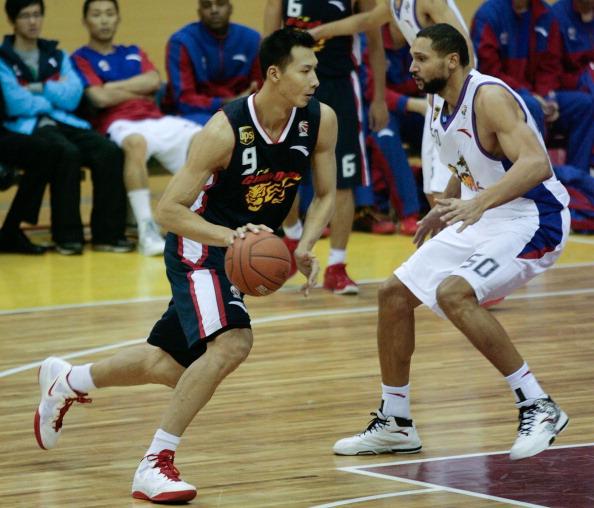 Former NBA Yi Jianlian lifts Guangdong to 18th straight win » Asian Players