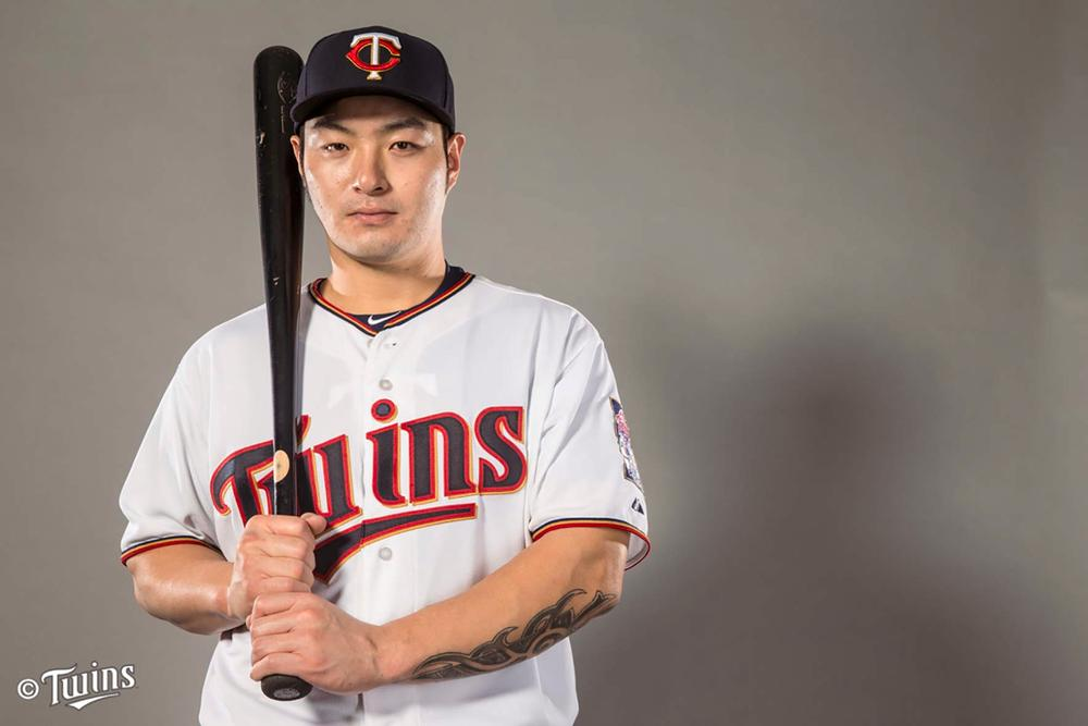 korean players in major league baseball essay I noticed a post on mlbtraderumorscom to the effect that the korean baseball major league pitcher players now playing in korea are only.